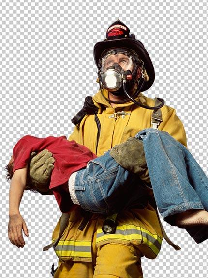 عکس آتش نشان PNG دوربری شده در حال نجات کودک با کیفیت بالا