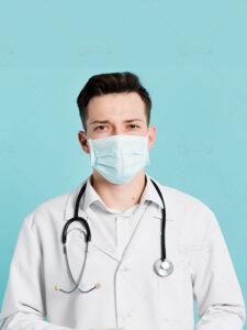 عکس دکتر با ماسک پزشکی و گوشی پزشکی با کیفیت بالا